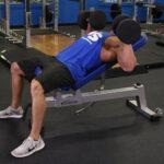 【インクラインダンベルプレス】胸の上部を鍛えるトレーニングを筋トレのプロが徹底解説【動画あり】
